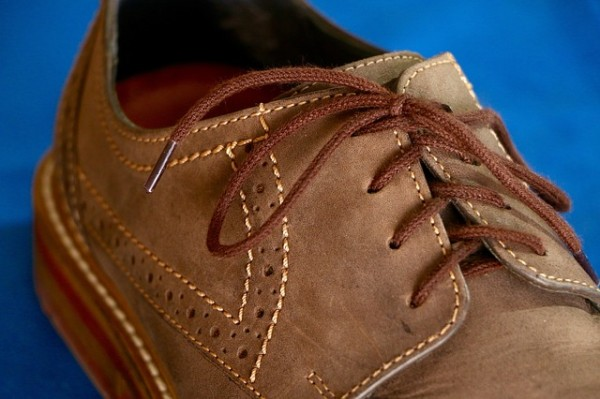 leather-shoes-903043_640