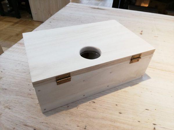 ハムスターの手作り巣箱が完成(背面)