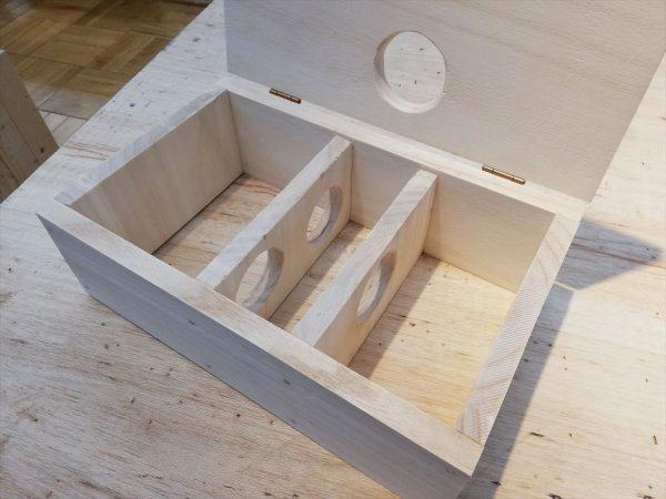 ハムスターの手作り巣箱が完成その1